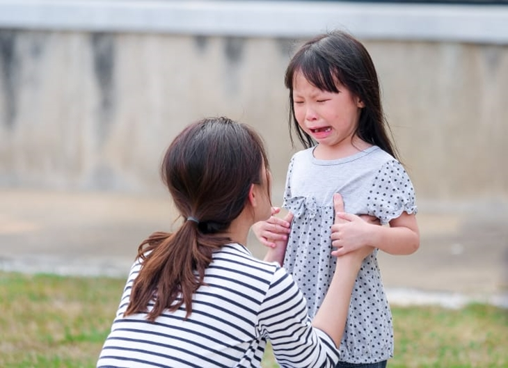 How-to-deal-with-2-year-old-tantrums